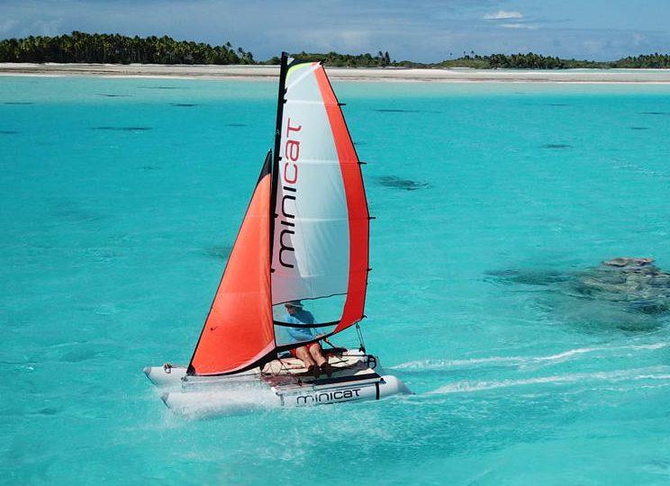 310 minicat segelboot sailing aufblasbar